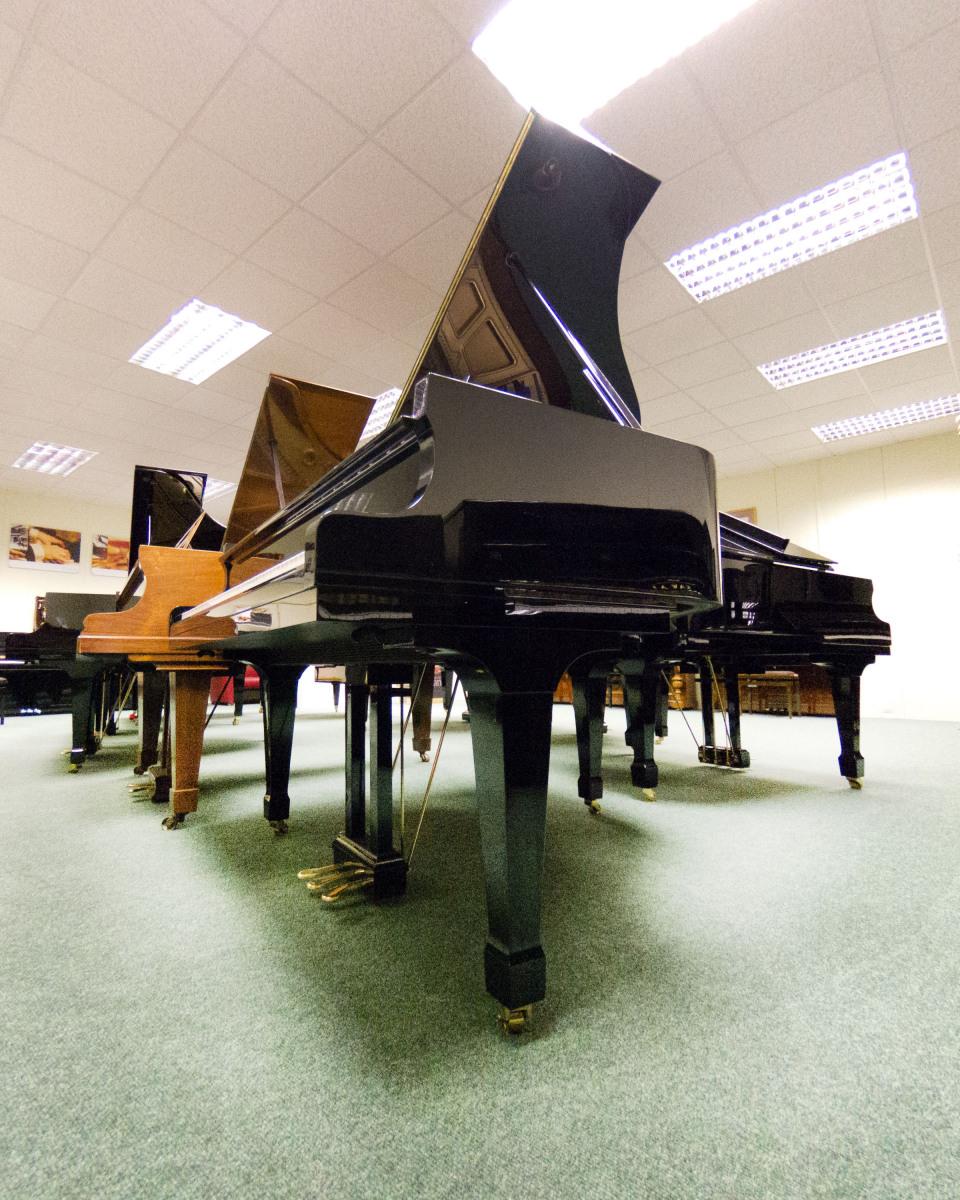 Grand-Piano-Sandra-Sergeant-Photography-Basingstoke-Photographer