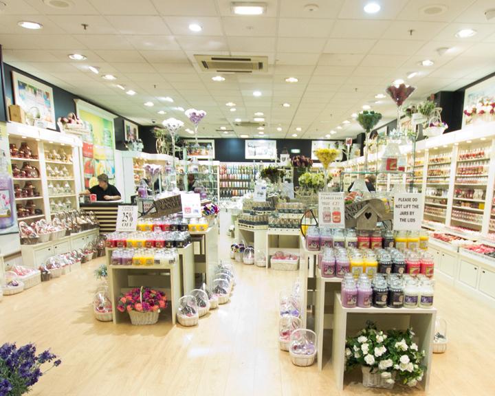 Retail-unit-Sandra-Sergeant-Photography-Basingstoke-Photographer