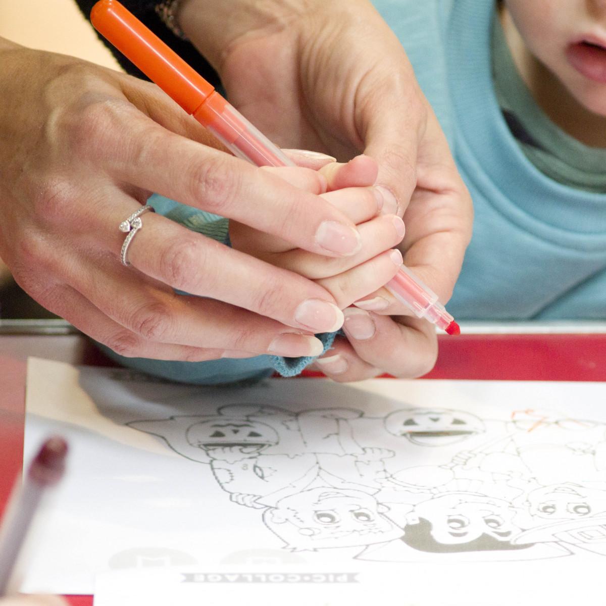 One-to-one-time-Sandra-Sergeant-Schools-Nursery-Photographer-Basingstoke